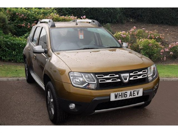 used 2016 diesel dacia duster in metallic pennine green 10 miles for sale in exeter for. Black Bedroom Furniture Sets. Home Design Ideas