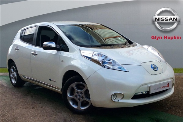used 2014 nissan leaf in white 22 290 miles for sale in cambridge for 10 000 autovillage. Black Bedroom Furniture Sets. Home Design Ideas