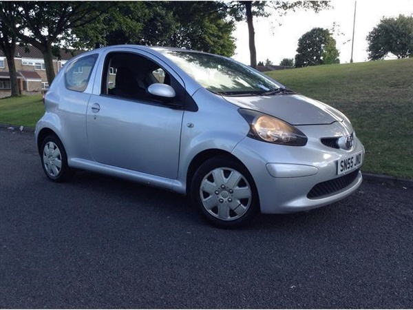 used 2006 diesel toyota aygo in aluminium silver 103 125 miles for sale in birmingham for 695. Black Bedroom Furniture Sets. Home Design Ideas